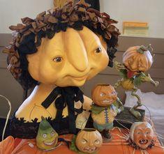 Adventures of an artist. Polymer Clay Halloween, Halloween Make, Diy Halloween Decorations, Vintage Halloween, Halloween Pumpkins, Scott Smith, Paper Mache Crafts, Spooky Scary, Primitive Folk Art