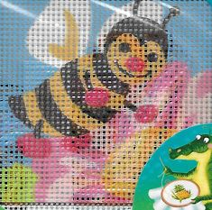 Collection D'Art Honey Bee x cm x 16 cm Needlepoint Kits, Bee, Honey, Embroidery, Country, Collection, Honey Bees, Needlepoint, Rural Area