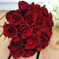 Stunning red #rose #bouquet #secretblossom #flowersmelbourne #melbourne #melbourneflowers #melbournestyle #melbournelife #melbourneshopping #melbourneflorist #melbournebride #melbournewedding #melbournenow #melbournecity #melbournegirl #cityofmelbourne #onefinedaymelbourne #ofd #ohsoromantic #weddingbouquet #weddinginspo #weddinginspiration