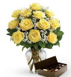 avasflowers-dozen-yellow-roses-chocolates_max.jpg (JPEG Image, 1098×1200 pixels)