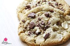 LES cookies américains moelleux au centre et dorés sur les bords | Laura Miam : collection de recettes efficaces & faciles