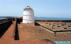 Fort Aguada is one of the very popular fort in Goa.