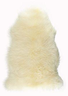 ANNO Lampaantalja 69,90€  http://www.netanttila.com/shop/fi/netanttila/matot/sheep-skin-1774298--malli