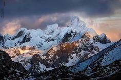 Peña Santa de Castilla (2.596 m) cumbre más alta de Macizo Oriental (Cornión)