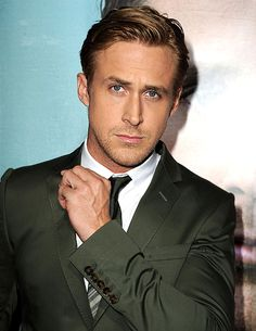 Ryan Gosling looking sexy as ever...