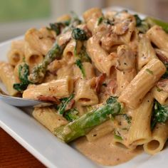 Bacon Asparagus Cajun Pasta - amend recipe to make veggie friendly! *smoked shrimp or salmon instead of bacon...