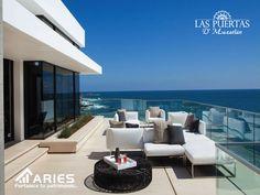 TERRENOS EN MAZATLÁN. Los balcones y terrazas son de los lugares más disfrutados en una casa de playa. Estos sitios se usan tanto de día como de noche, por ello es importante tomar en cuenta la comodidad del mobiliario que se va a colocar. Se puede complementar con mesas laterales y central para poder colocar algunos adornos. El retorno de su inversión al adquirir lotes en LAS PUERTAS D´MAZATLAN es del 300%. http://grupoaries.com.mx/bienvenido/nuestros-desarrollos/