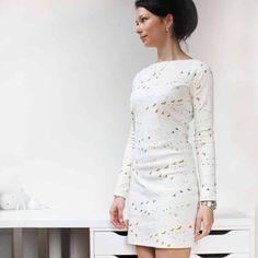 Připravila jsem si pro vás střih na jednoduché, ale elegantní dámské šaty s polopřiléhavou siluetou. Šití je tak snadné, že jej zvládne i úplný začátečník.