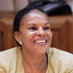 Christiane Taubira, femme politique française, actuelle ministre de la Justice, garde des Sceaux. Christiane Taubira a donné son nom à la loi française votée le 10 mai 2001, qui reconnaît comme crime contre l'humanité la traite négrière transatlantique et l'esclavage qui en a résulté.