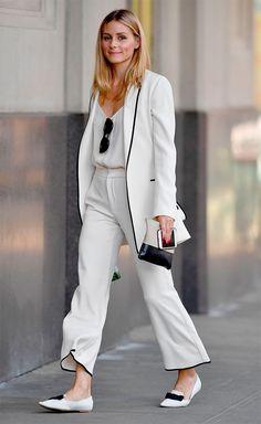 Street style look com terninho branco.