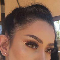 Eye Makeup Tips.Smokey Eye Makeup Tips - For a Catchy and Impressive Look Makeup Goals, Makeup Inspo, Makeup Art, Makeup Inspiration, Makeup Tips, Makeup Lessons, Makeup Geek, Makeup Trends, Makeup Ideas