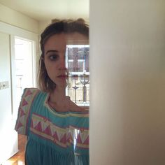 there is a crack in everything Zoe Kazan Style, May 1, Beautiful Women, Celebrities, Instagram Posts, Girls, Fashion, Toddler Girls, Moda