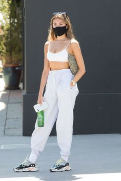 Estilo Madison Beer, Madison Beer Style, Madison Beer Outfits, Chill Outfits, Sporty Outfits, Cute Casual Outfits, Maddison Beer, Teen Fashion, Fashion Outfits