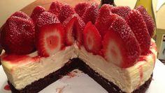 Recept: mennyei csokis-epres túrótorta liszt és cukor nélkül
