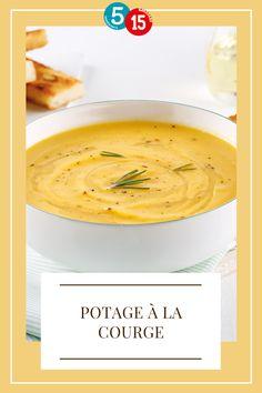 L'automne, c'est la saison des soupes-repas! Essayez ce potage à la courge prêt en 15 minutes et avec 5 ingrédients seulement. Une bonne dose de réconfort pour entamer les mois plus frais! Courge Spaghetti, C'est Bon, Thai Red Curry, Dishes, Ethnic Recipes, Food, Gourds, Veg Recipes, Fresh