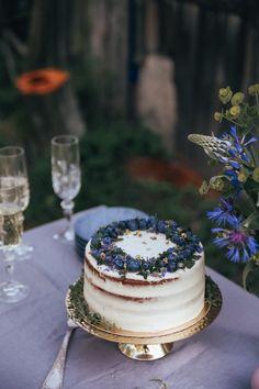 Sviatočná torta - The Story of a Cake Cheesecake Brownies, Nutella, Camembert Cheese, Cakes, Food, Decor, Basket, Honeymoons, Kuchen