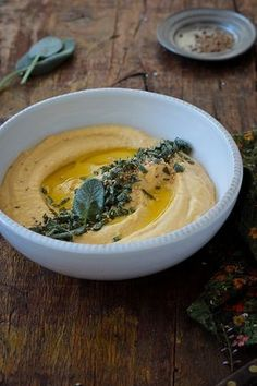 Perfect for this season! Pumpkin Hummus by Food and Cook 2 Vegetarian Recipes, Cooking Recipes, Cooking Tips, Healthy Recipes, Tapas, Pumpkin Recipes, Fall Recipes, Aperitivos Finger Food, Healthy Snacks