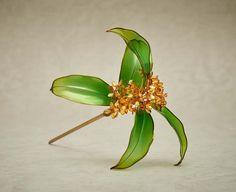Japanese floral hair ornaments, a fragrant olive, made by Sakae: かんざし 金木犀 榮