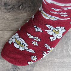 Shop the best men's socks at cheap prices. Fun socks for weddings. Dress socks for work. Argyle, novelty, stripes, solids and more. Wedding Socks, Wedding Ties, Wedding Day, Groomsmen Socks, Groom And Groomsmen, Burgundy Wedding Theme, Wedding Colors, Budget Wedding, Wedding Planning