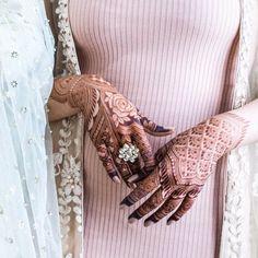 Rose Mehndi Designs, Indian Mehndi Designs, Latest Bridal Mehndi Designs, Henna Art Designs, Modern Mehndi Designs, Mehndi Designs For Girls, Mehndi Designs For Beginners, Wedding Mehndi Designs, Mehndi Designs For Fingers