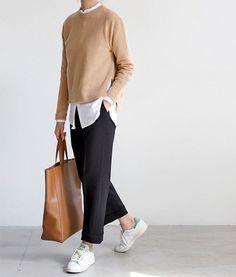 Fashion Tips Moda .Fashion Tips Moda Fashion Mode, Work Fashion, Hijab Fashion, Fashion Outfits, Womens Fashion, Fashion Trends, Fashion Black, College Fashion, French Fashion