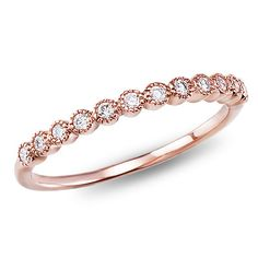 My favorite band: This rose gold diamond band features twelve bezel-set diamonds strikingly linked together for a vintage look Wedding Rings Rose Gold, Rose Gold Engagement, Vintage Engagement Rings, Wedding Ring Bands, Wedding Band With Diamonds, Rose Gold Weddings, Engagement Bands, Solitaire Engagement, Bracelets