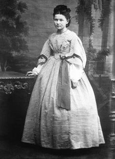 One Summer, Summer Days, 1890s Fashion, Civil War Dress, Historical Women, American Civil War, New Tricks, Science And Nature, Day Dresses