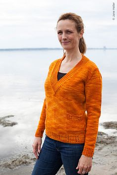 Ravelry: Simsbury pattern by Tabetha Hedrick  COLOR!