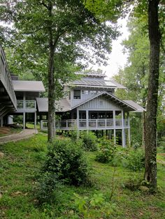 Oh where I would wanna go for a GURLZ getaway!!! If not for Christmas, then sometime in the spring!!! Where the Roads Don't Go: North Georgia's Hike Inn | Bourbon & Boots