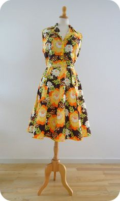 50's dress with piping