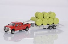 1/64 Case IH Dodge Pickup with trailer and bales - Windy Hill Farm Toys