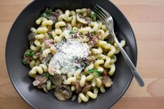 Pasta with mushrooms and bacon