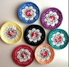 Crochet Coasters Cath Kidston Flowers inspired by AtolyeTutu