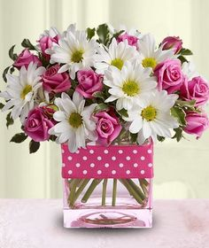 """""""Polka Dots and Posies'  Love the clean, happy look"""