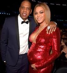 Beyonce and Jay Z had struggled to stay together after the rapper's infidelity but did so for the sake of their daughter Blue Ivy Carter a source told People on Tuesday, as they are pictured together in February Beyonce Twin, Beyonce Beyonce, Beyonce Songs, Amy Lee, Shakira, Demi Lovato, Celebrity Couples, Celebrity Photos, Historia