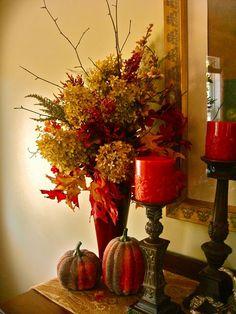 Fall floral arrangement idea.