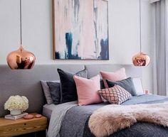 Room - detalhes de cobre no quarto