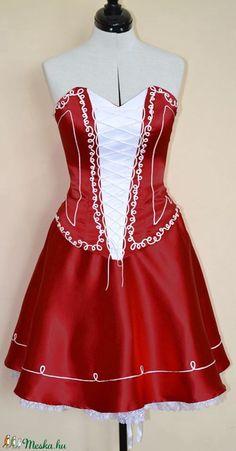 Magyaros menyecske ruha (Olorka) - Meska.hu Dresses, Fashion, Vestidos, Moda, Fashion Styles, Dress, Fashion Illustrations, Gown, Outfits