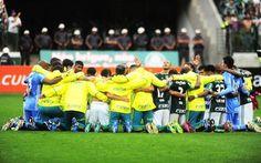 Equipe agradece após vitória sobre Inter .... Com a mão na taça - Brasileirão 2016, 06/11/2016