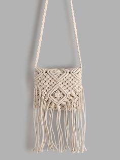 SheIn offers White Tassel D… Shop White Tassel Detail Straw Crossbody Bag online. SheIn offers White Tassel Detail Straw Crossbody Bag & more to fit your fashionable needs. Macrame Purse, Macrame Knots, Diy Macrame Wall Hanging, Macrame Mirror, Macrame Curtain, Make Me Chic, Micro Macramé, Macrame Tutorial, Macrame Patterns