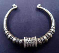 Afghanistan | Vintage Kuchi Tribal Choker | Base metal alloy | 47.95$