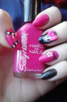 Another version of my hot pink and black skull nails.
