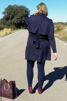 Trendy Curvy LOOK. OUTFIT TOTAL AZUL MARINO Y BURGUNDY   #vestido #laceup #azulmarino #lookconvestido #lookotoño @violetabymango #camisamilitar #lookotoño #lookcasual #tallagrande #casual #outfittallagrande #curvy #plussizecurve #fashionbloggermadrid #bloggercurvy #personalshopper #curvygirl #loslooksdemiarmario #bloggermadrid #outfit #plussizeblogger #fashionblogger #lookotoño #ootd #influencer #trend #trendy #bloggerXL