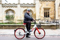 Big Issue launches electric bike rental scheme to create new jobs | Chester and District Standard