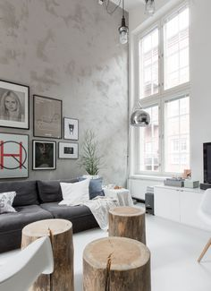 A loft inspired by industrial, anthracite design and wooden elements creates a unique feeling. Living Room Interior, Living Room Decor, Living Spaces, Apartment Interior, Apartment Living, Loft Design, House Design, Scandinavian Loft, Beton Design