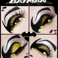 Beautiful batman eyes, great for any batgirl fancy dress costume Make Up Art, Eye Make Up, How To Make, Maquillage Halloween Clown, Batman Makeup, Batgirl Makeup, Superhero Makeup, Halloween Make Up, Character Makeup