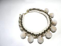 Pompom statement necklace with gunmetal chain auf Etsy, 32,00 €