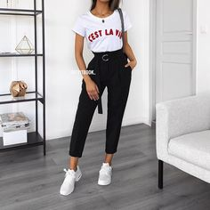 Korean Fashion Trends you can Steal – Designer Fashion Tips Spring Outfits Women, Mom Outfits, College Outfits, Classy Outfits, Everyday Outfits, Outfits For Teens, Trendy Outfits, Cute Outfits, Fashion Outfits