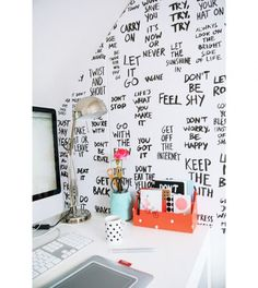 Motivational study wall! Amazing idea! :) Have to try something similar!
