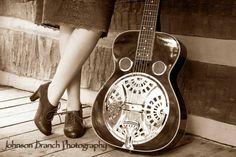 Senior pic vintage country/bluegrass/dobro/music/cabin Johnson Branch Photography